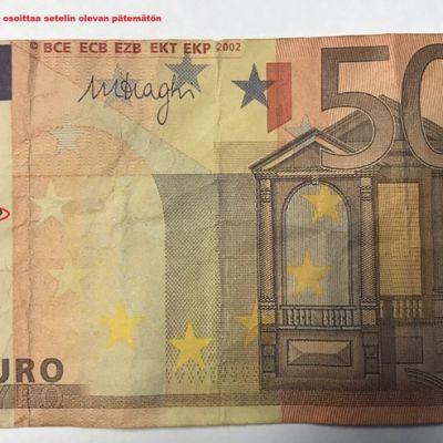 50 euron näyteseteli, jossa on merkintä sen kelpaamattomuudesta maksuvälineeksi.