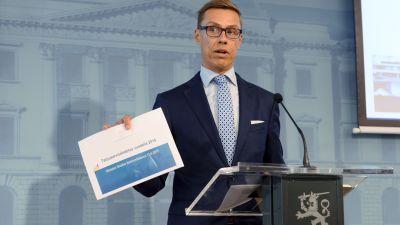 Alexander Stubb presenterar budgetförslaget för år 2016 den 12 augusti 2015 i Helsingfors.