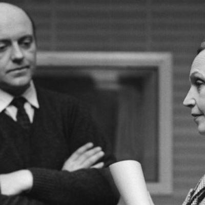 """Ulf Palme och Inga Tidblad under inspelningen av SR:s """"Fröken Julie""""."""