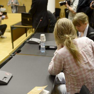 Rättegång mot de som misstänks ha planerat ett attentat mot Helsingfors universitet.