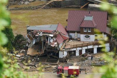 Ett kollapsat hus i Rheinland-Pfalz i Tyskland.