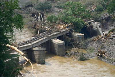 En kollapsad bro i Rheinland-Pfalz.