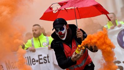 Demonstranter i Marseille