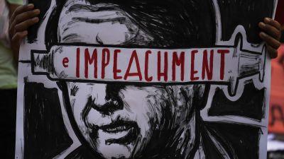 Bild på demonstrationsplakat med krav på riksrätt för president Bolsonaro.