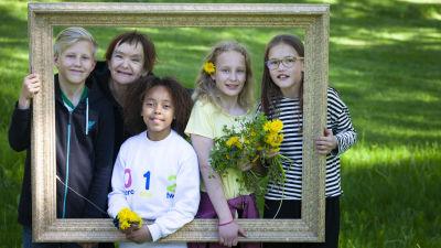 Skådespelarna i audioäventyret Spegeln på skolgården.
