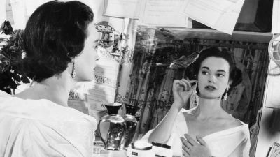Gloria Vanderbilt, bilden tagen 1954.