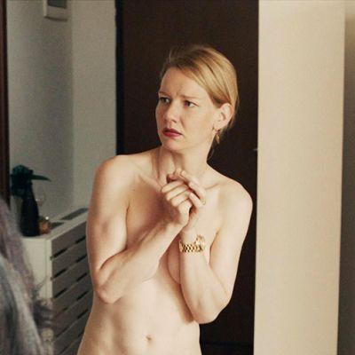Kuva Toni Erdmann -elokuvasta.