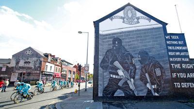 UVF-väggmålning i östra Belfast under Giro d´Italia 2015.