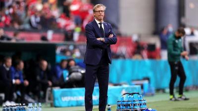 Finlands förbundskapten Markku Kanerva under matchen mot Danmark.