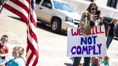 Protest mot coronarestriktioner i Virginia 16.4.2020