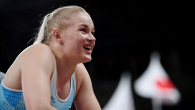 Wilma Murto ler efter finalen.