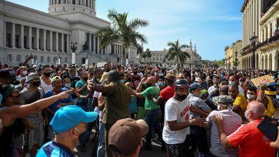 Mielenosoitus Havanassa.