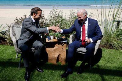 Emmanuel Macron och joe Biden höll ett eget möte i samband med G7-mötet 12.6.2021