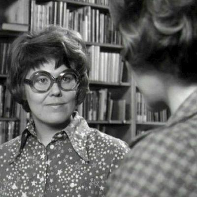 Kirjastonhoitaja Tuula Blåfield (1972).