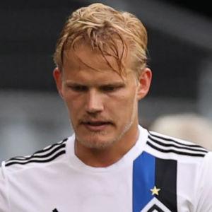 Joel Pohjanpalo blir utbytt i HSV.