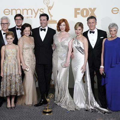 Mad Men -tuotantotiimiä Emmy Awards 2011 -gaalassa.