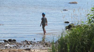 Ryska barn får njuta av sommaren fram till den första september.