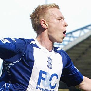 Mikael Forssell firar ett mål i Birmingham.