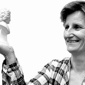 Toimittaja-kirjailija Minna Lindgren.