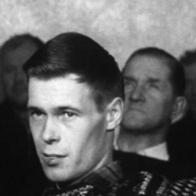 Män i Jussarö gruva tittar på tv, 1965