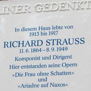 Heerstrasse 2, Richard Strauss asui täällä vuosina 1864 - 1949.
