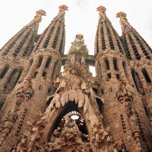 Sagrada Familia -kirkko Barcelonassa