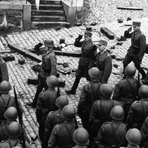 Lennart Oesch leder sina mannar, SA-bild 1941