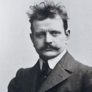 Jean Sibelius, postikortti 1800- ja 1900-lukujen vaihteesta. Alkuperäisen kuvan tekijä Daniel Nyblin.