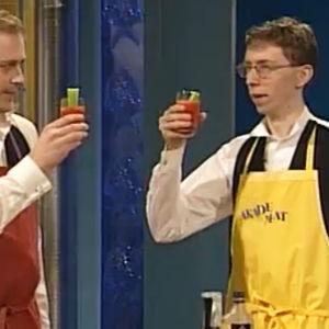 Dennis Holmlund och Henrik Wikström med en återställare, 2000
