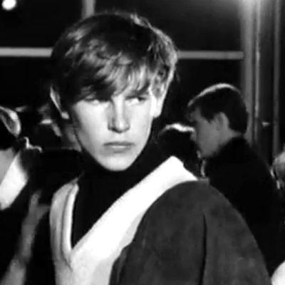 Ungdomar på Dansholmen, Tolkis, Yle 1966