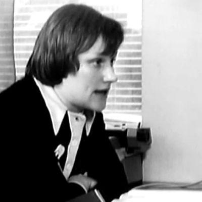 Jurist Tarja Halonen, FFC, 1973