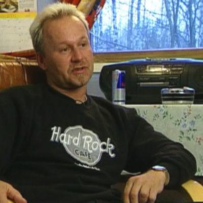 jan jalutsi, 2003