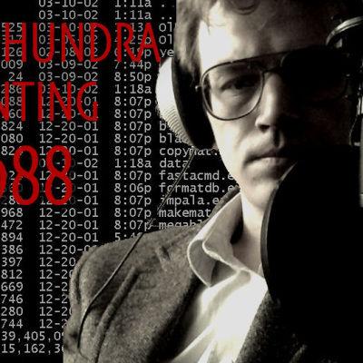"""Alfred Backa i glasögon med mikrofon, samt texten """"Nittonhundranånting 1988""""."""