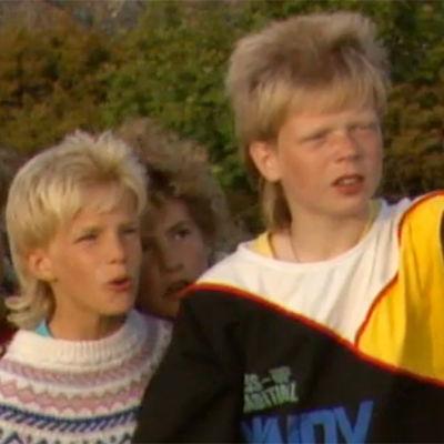 Barn i tv-pjäsen Båkens hemlighet, 1988