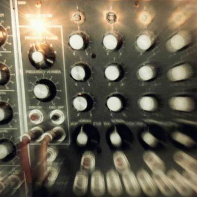 analoginen modulaarinen syntesoija, kytkentäpaneeli