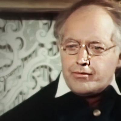 Göran Schauman som Runeberg