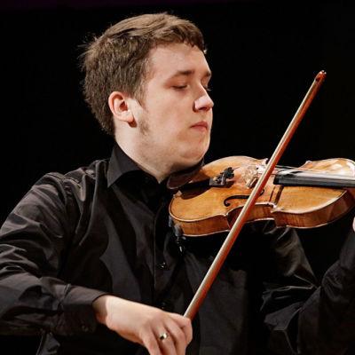 Pekka Pulakka Sibelius-viulukilpailussa 2015.