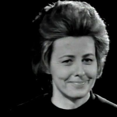 Tellervo Koivisto viihdeohjelma Sirkus Pasilassa vuonna 1970.