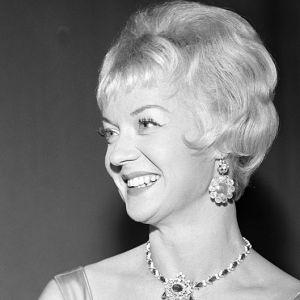 Gerda Ryselin i operetten Lilla helgonet, 1957