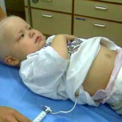 Litet barn på sjukhus