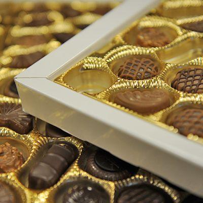 Suklaakonvehteja.