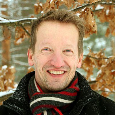 ENO-verkkokoulun toiminnanjohtaja Mika Vanhanen.