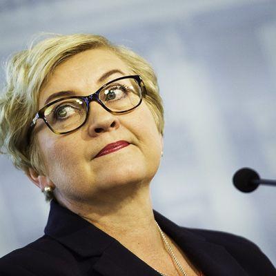 Kunta- ja uudistusministeri Anu Vehviläinen.