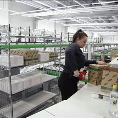 Stockmann testaa uutta jakelukeskustansa Tuusulassa.