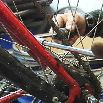 Polkupyörä huollossa.
