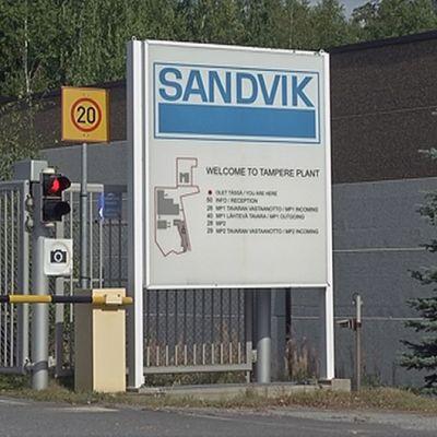 Sandvik Oy:n tehtaan portti