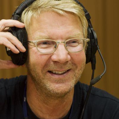 Pirkka-Pekka Petelius laittaa studioluurit päähänsä 29.9.