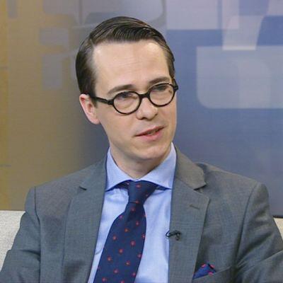 Carl Haglund (rkp.) Ylen aamu-TV:n vieraana lauantaina 4. toukokuuta.