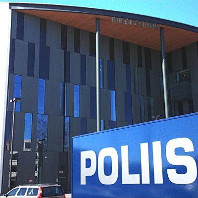 Hämeenlinnan uusi poliisitalo Miekkalinna.