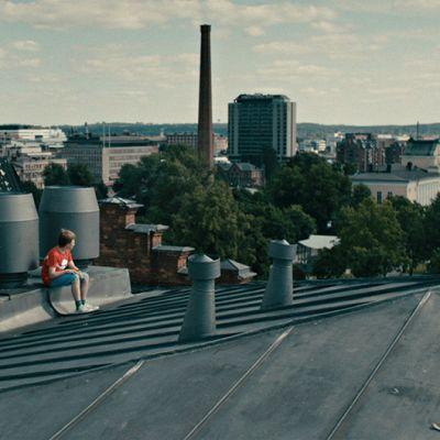 Kuva Aikuisten poika -elokuvasta